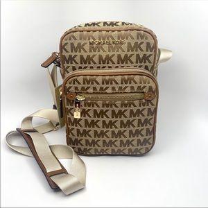 NEW Michael Kors Bedford Zip Flight Bag